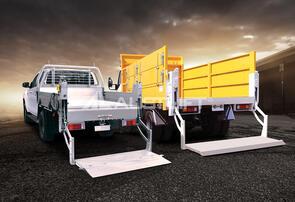 Austlift Tailgate Minigate 500kg Alloy Platform 1480W x 840H (460x380)