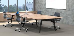 Oslo Board Table
