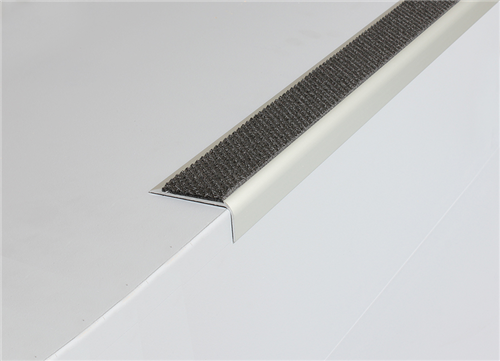 Tredsafe AA122 Stairnosing Uncovered Stairs (sold per metre)