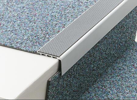 Tredsafe AA123 CONTOURED Carpet Trim - no insert 2.5m length