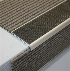 Tredsafe Drop Carpeted AA127 steps 15mm - no insert per metre