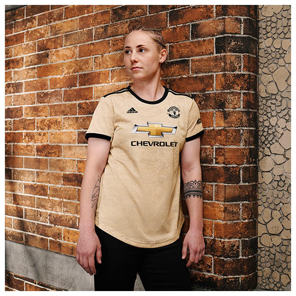 Leah Galton wears the 2019/20 Manchester United Away Kit
