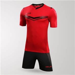 Kelme Goleador Jersey & Short Set – Red/Black