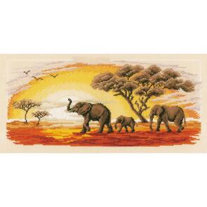 "Vervaco  Cross Stitch Kit 16.8""X8"" - Elephants on Aida"