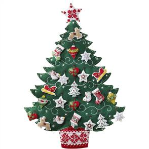 Bucilla Christmas Tree Advent Calender - Felt Applique Kit