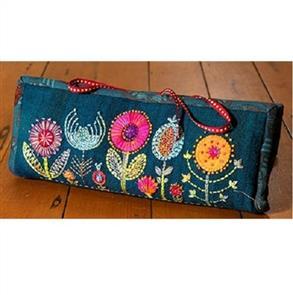 Wendy Williams Pattern - Flower Garden Thread Book