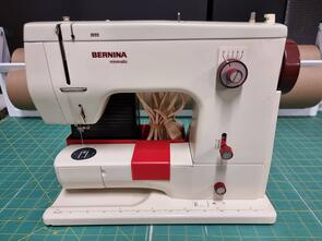 Bernina - Pre-Loved! Minimatic807 Sewing Machine