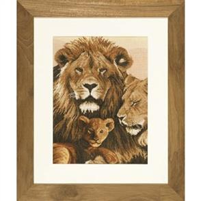 Lanarte  Cross Stitch Kit: Lion Family