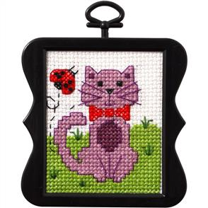 "Bucilla  Beginner Minis Counted Cross Stitch Kit 3"" Scallop - Kitty"