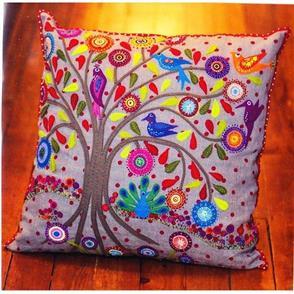 Wendy Williams  Pattern - Birdsville Cushion