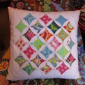 Wendy Williams Pattern - Cathedral Window Cushion