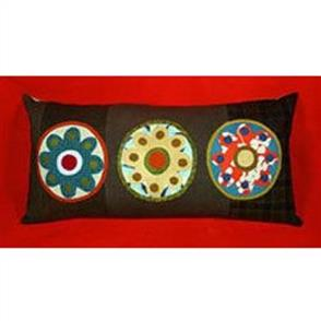 Sue Spargo  Folk-art Quilts - Dandelion Pillow