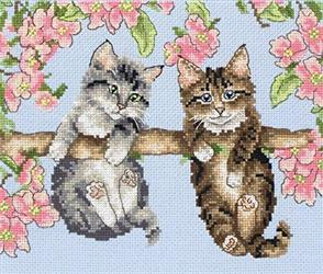Anchor  Essential Kits: Cross Stitch  Hanging Around