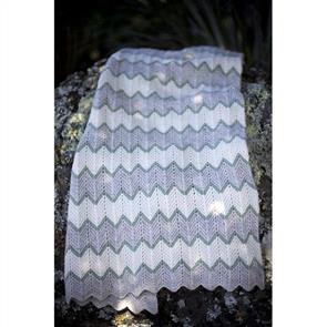 Lisa F Baby Cakes BC10 Zig Zag Stripe Blanket