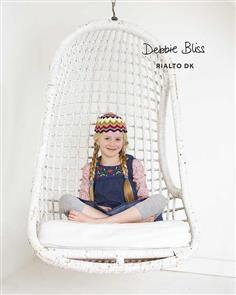 Debbie Bliss  Pattern - Chevron Hat