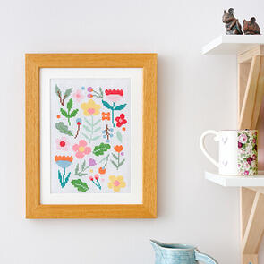 Anchor Starter Kits: Cross Stitch – Floral Scatter