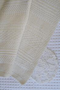 Lisa F Baby Cakes BC97 Knit and Purl Blanket Knitting Pattern