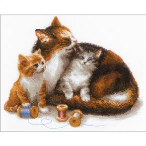 """Riolis  Counted Cross Stitch Kit - 11.75""""x9.5"""" - Cat With Kittens"""