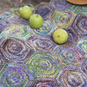 Malabrigo Springbanks - Hexagon-motif Blanket