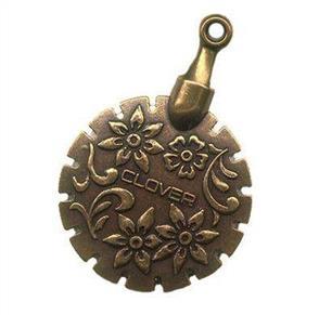 Clover  Thread Cutter Pendant (Gold)
