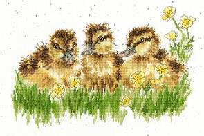 Bothy Threads  Cross Stitch Kit - Buttercup
