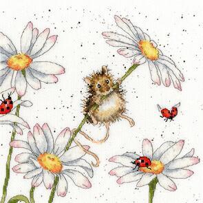 Bothy Threads  Daisy Mouse - Cross Stitch Kit