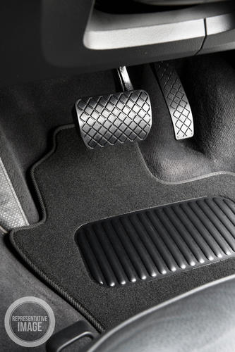 Land Rover Discovery 5 2017 Onwards Classic Carpet Car Mats
