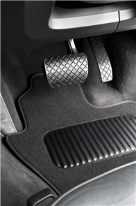 Mitsubishi Triton Single Cab (5th Gen GLX GLS) 2015-2018 Classic Carpet Car Mats