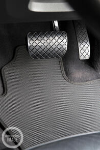 Tesla Model X 6 Seater (No Centre Console) 2016 Onwards Standard Rubber Car Mats