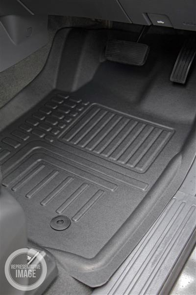 Toyota Hilux Double Cab (8th Gen Auto) 2015 Onwards Deep Dish Car Mats