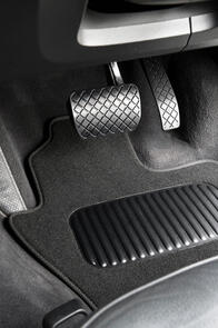 Classic Carpet Car Mats to suit Mitsubishi Outlander 7 Seat (2nd Gen) 2005-2012