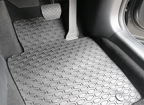 All Weather Rubber Car Mats to suit Mahindra Pik-Up Double Cab 2020+