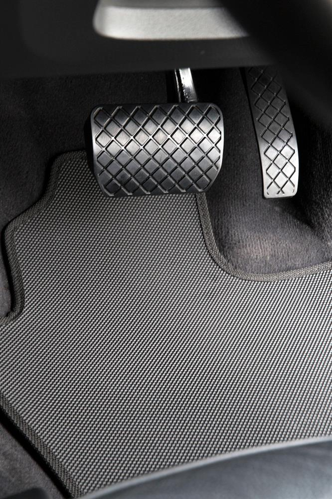 Holden Rodeo (TF Double cab) 1990-2003 All Weather Rubber Car Mats