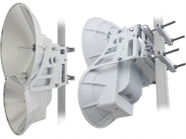 AirFiber 24GHz BackHaul Radio Pair - Point-to-Point Kit